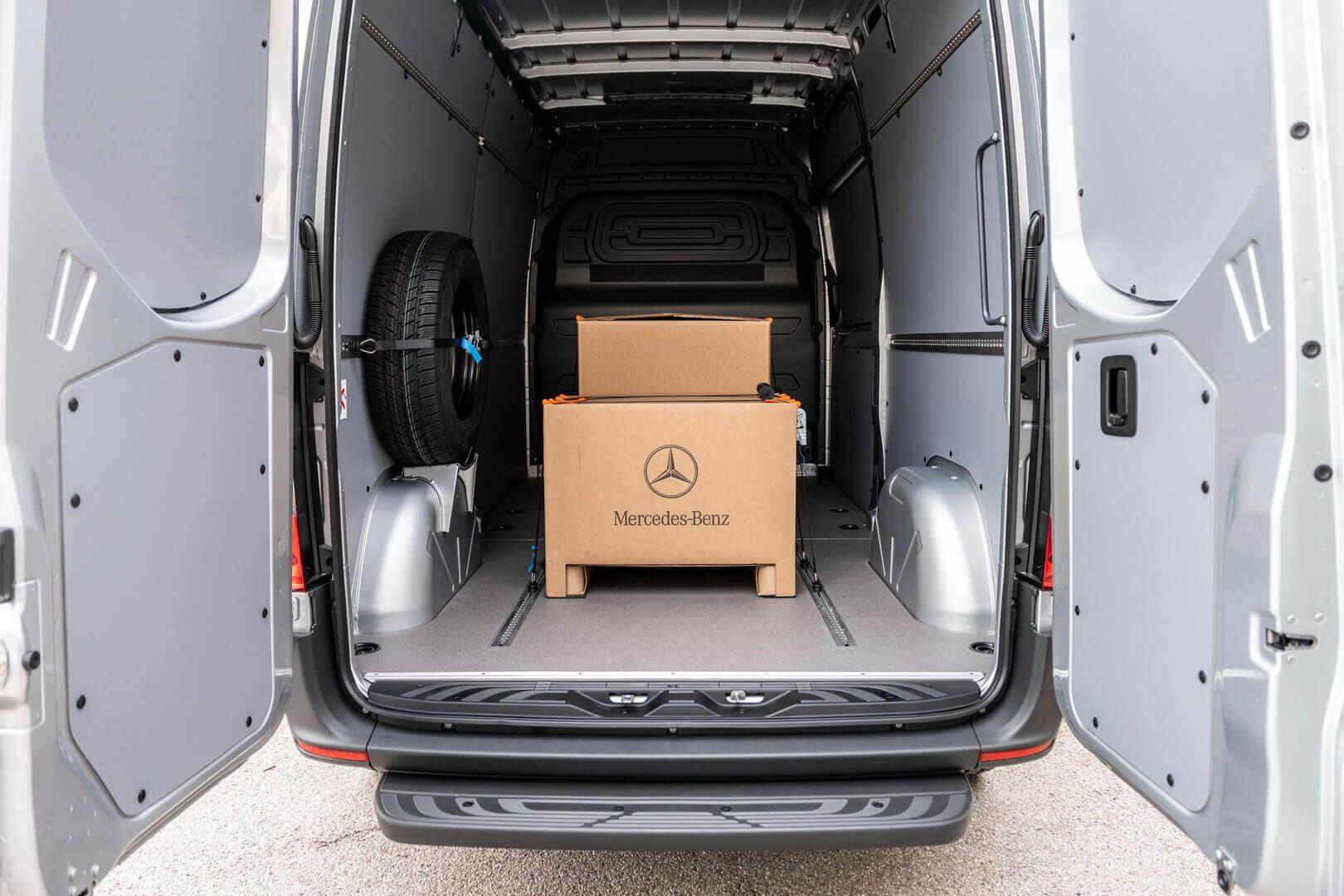 Грузовое пространство Mercedes-Benz eSprinter