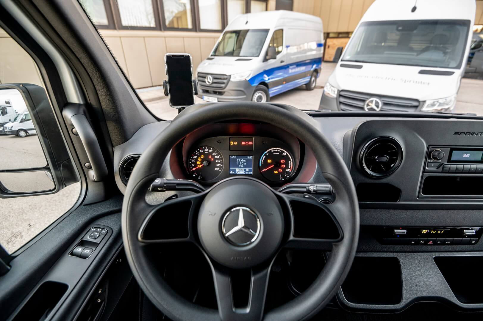 Приборная панель Mercedes-Benz eSprinter