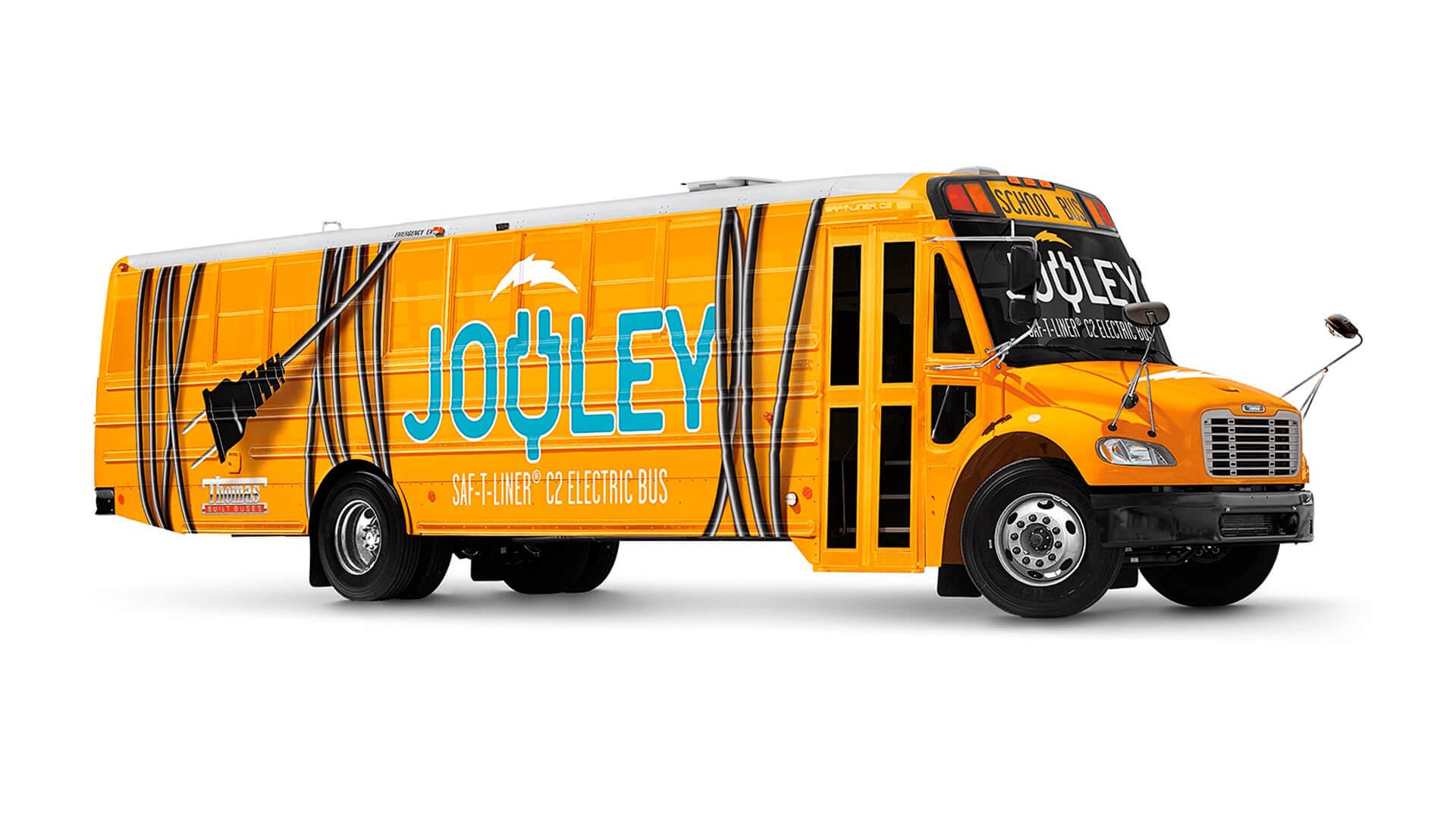 Полностью электрический школьный автобус TBF Saf-T-Liner C2 Jouley