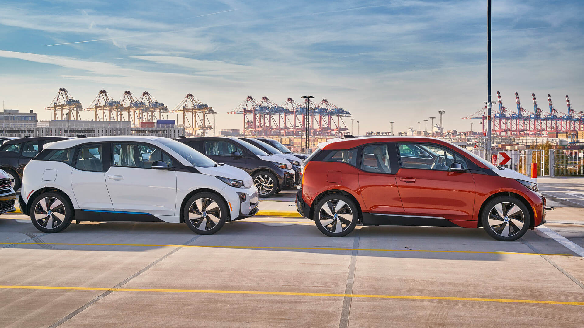 Первые владельцы электромобилей BMW i3 проехали более 200 000 км