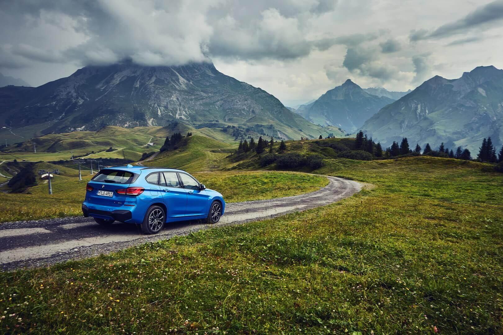 BMW представил компактную модель X1 с подключаемым гибридным приводом