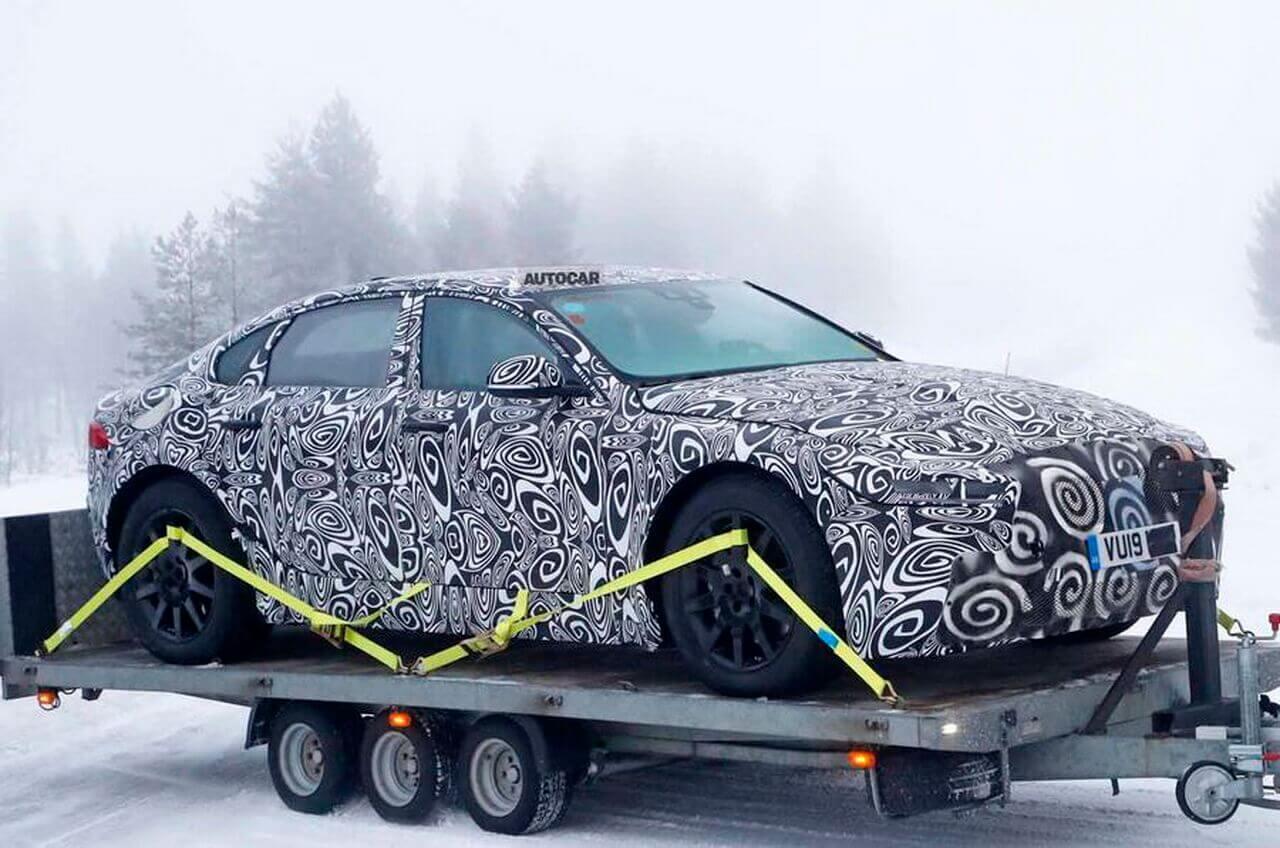 Электрический Jaguar XJ 2020 впервые попал на фото
