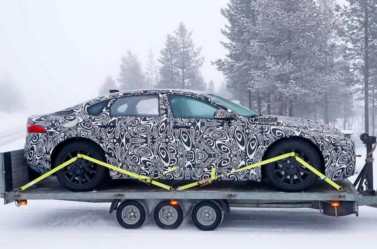 Шпионские фото Jaguar XJ 2020 с электроприводом