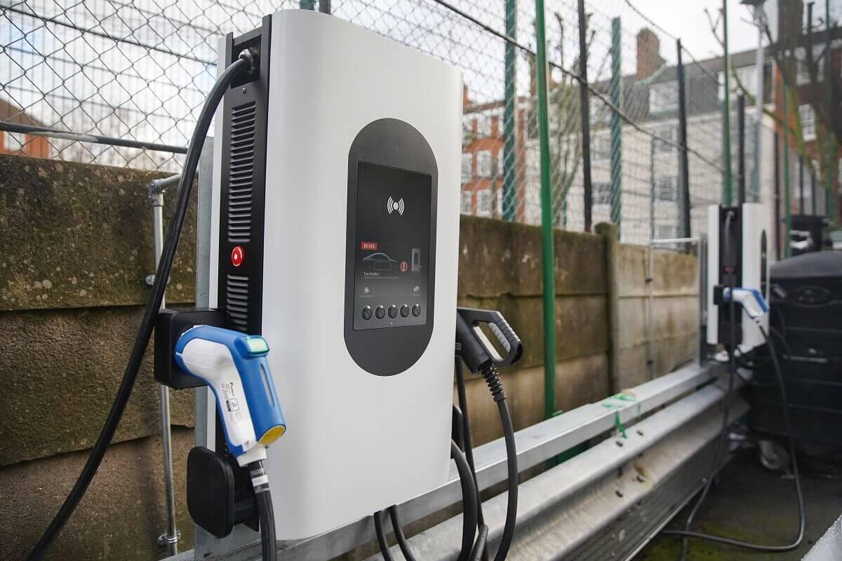 Honda установила первые зарядные станции с технологией V2G в Лондоне