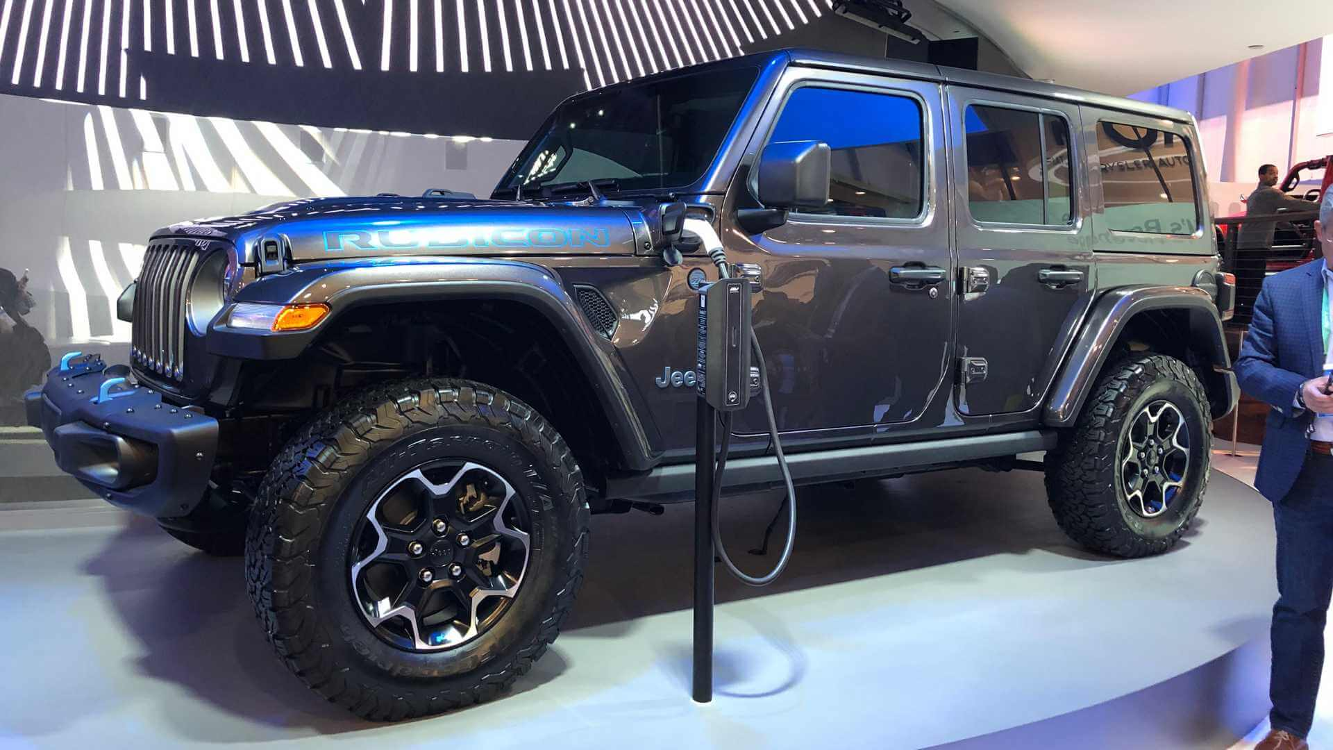 Плагин-гибрид Jeep Wrangler 4XE