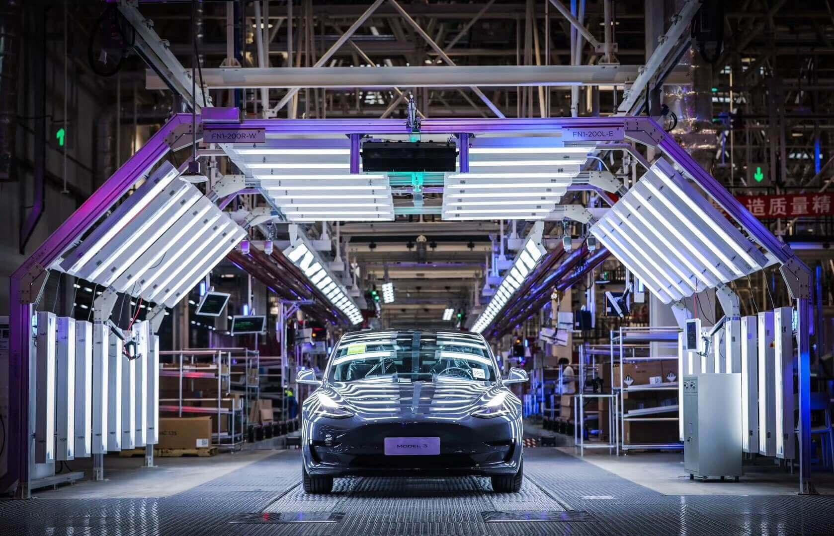 Tesla «массово отзовет» электромобили в Китае для онлайн-обновления программного обеспечения
