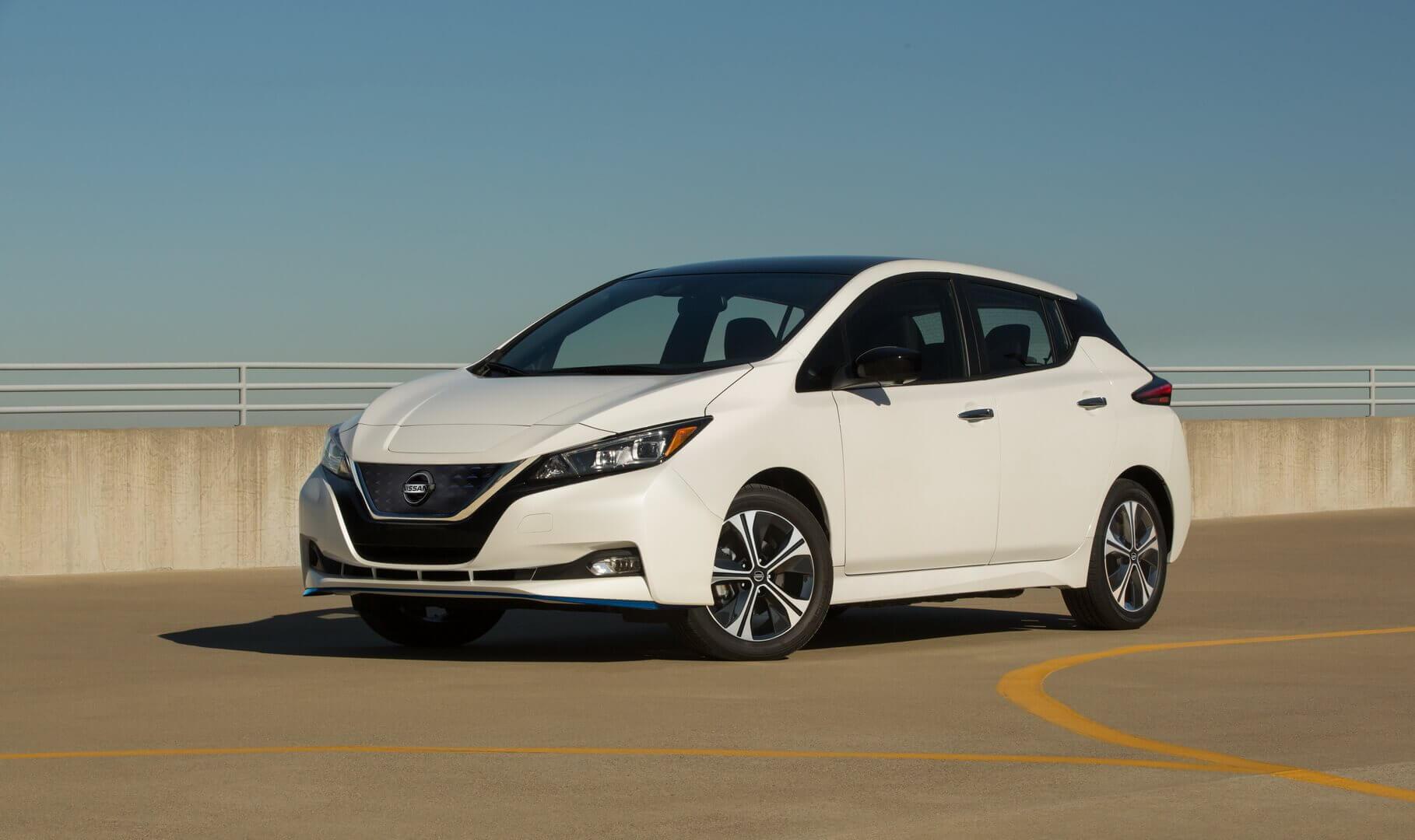 Nissan LEAF SV Plus 2020 года