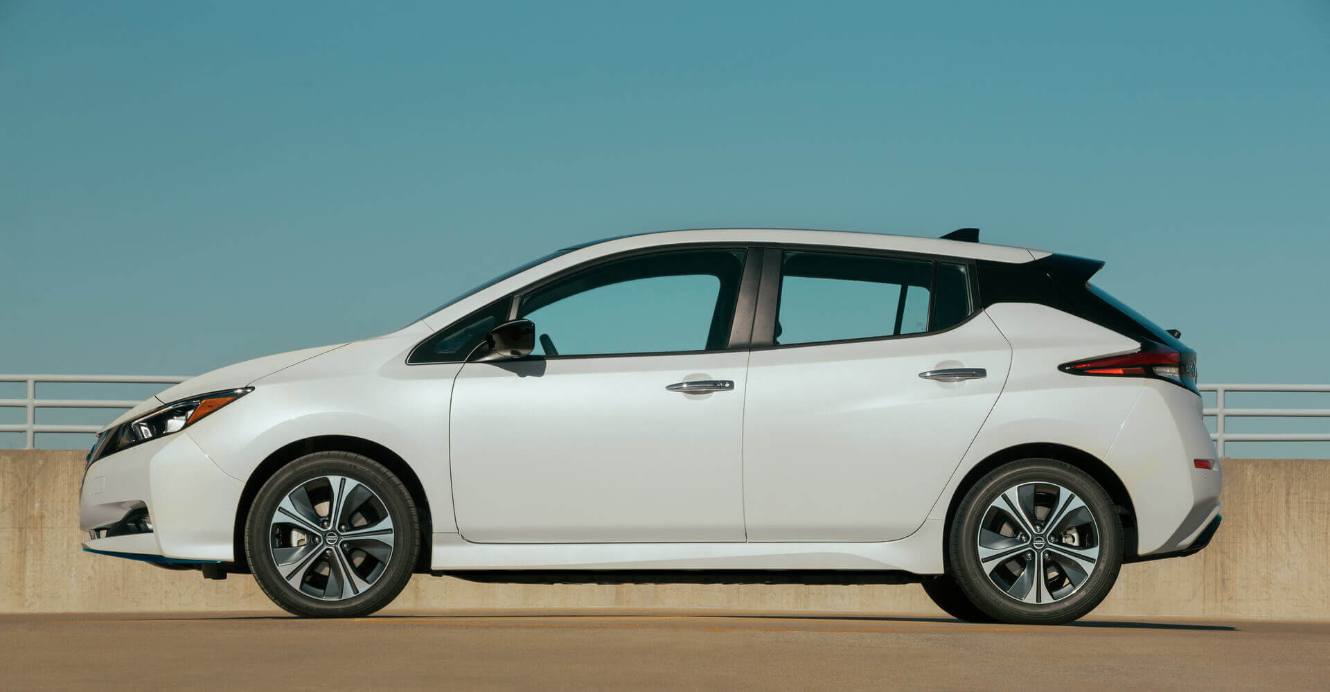 Электромобиль Nissan Leaf e+с батареей на 62 кВт⋅ч