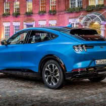 Фотография экоавто Ford Mustang Mach-E Select AWD - фото 32