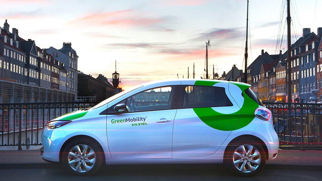 Прокатный электромобиль Renault ZOE компании GreenMobility