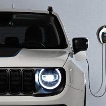 Фотография экоавто Jeep Renegade 4xe - фото 21
