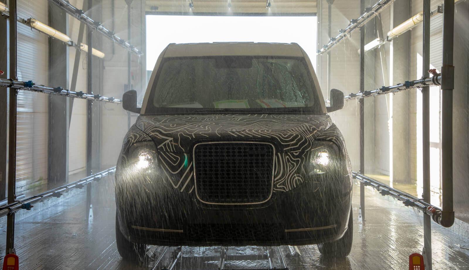 LEVC создает первые прототипы своего нового плагин-гибридного фургона