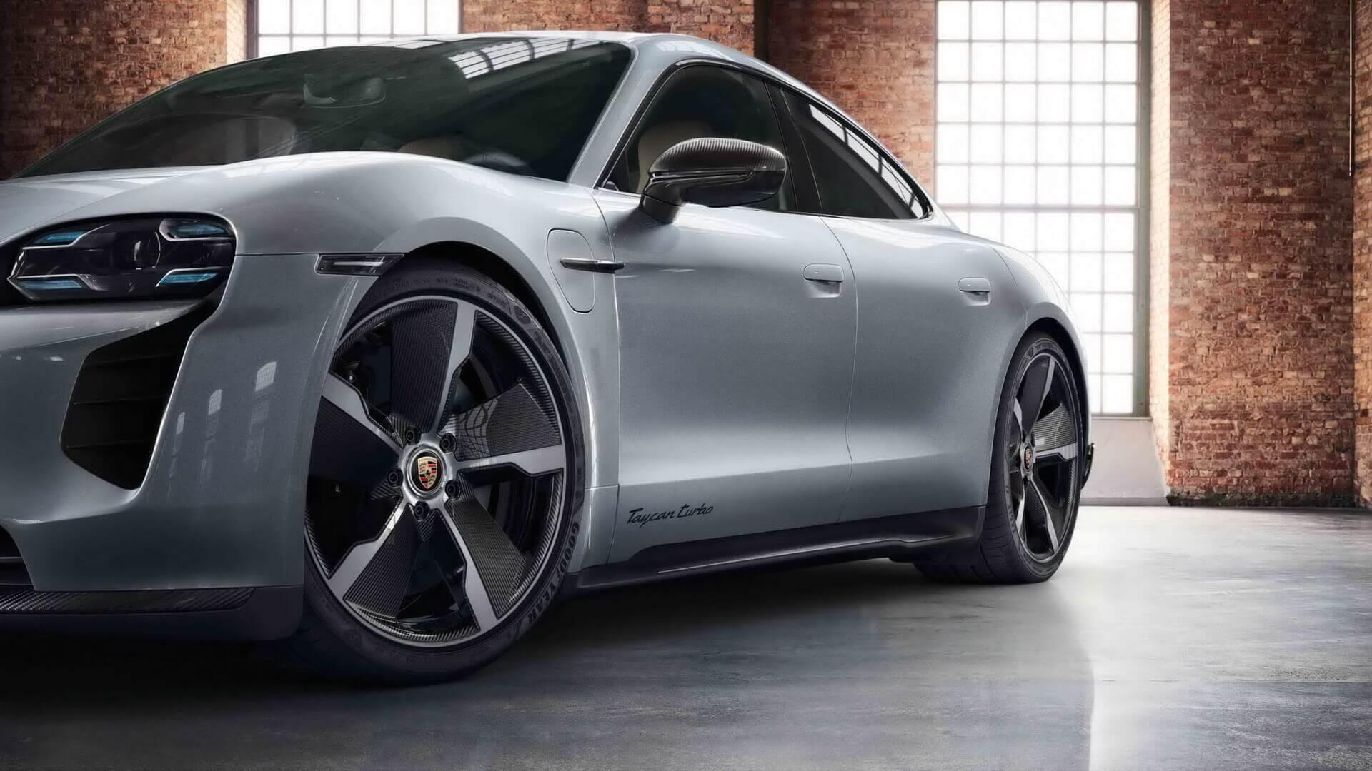 Porsche Taycan с доработками подразделения Exclusive Manufaktur