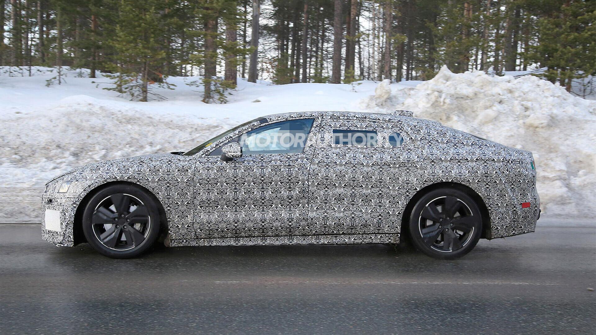 Невероятно габаритный: шпионский снимок нового Jaguar XJ EV