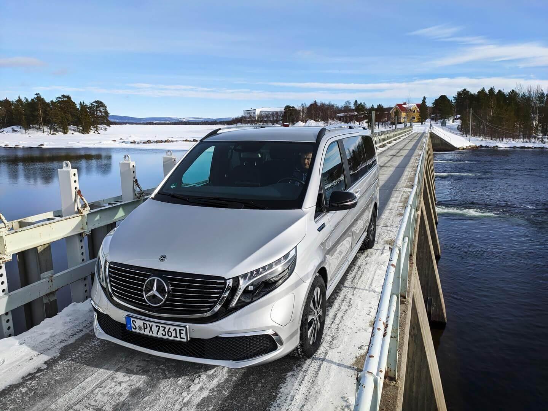 Mercedes-Benz EQV прошел предсерийные зимние испытания