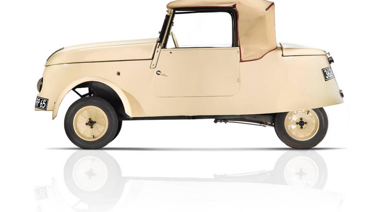 Двухместный электромобиль Peugeot VLV времен Второй Мировой