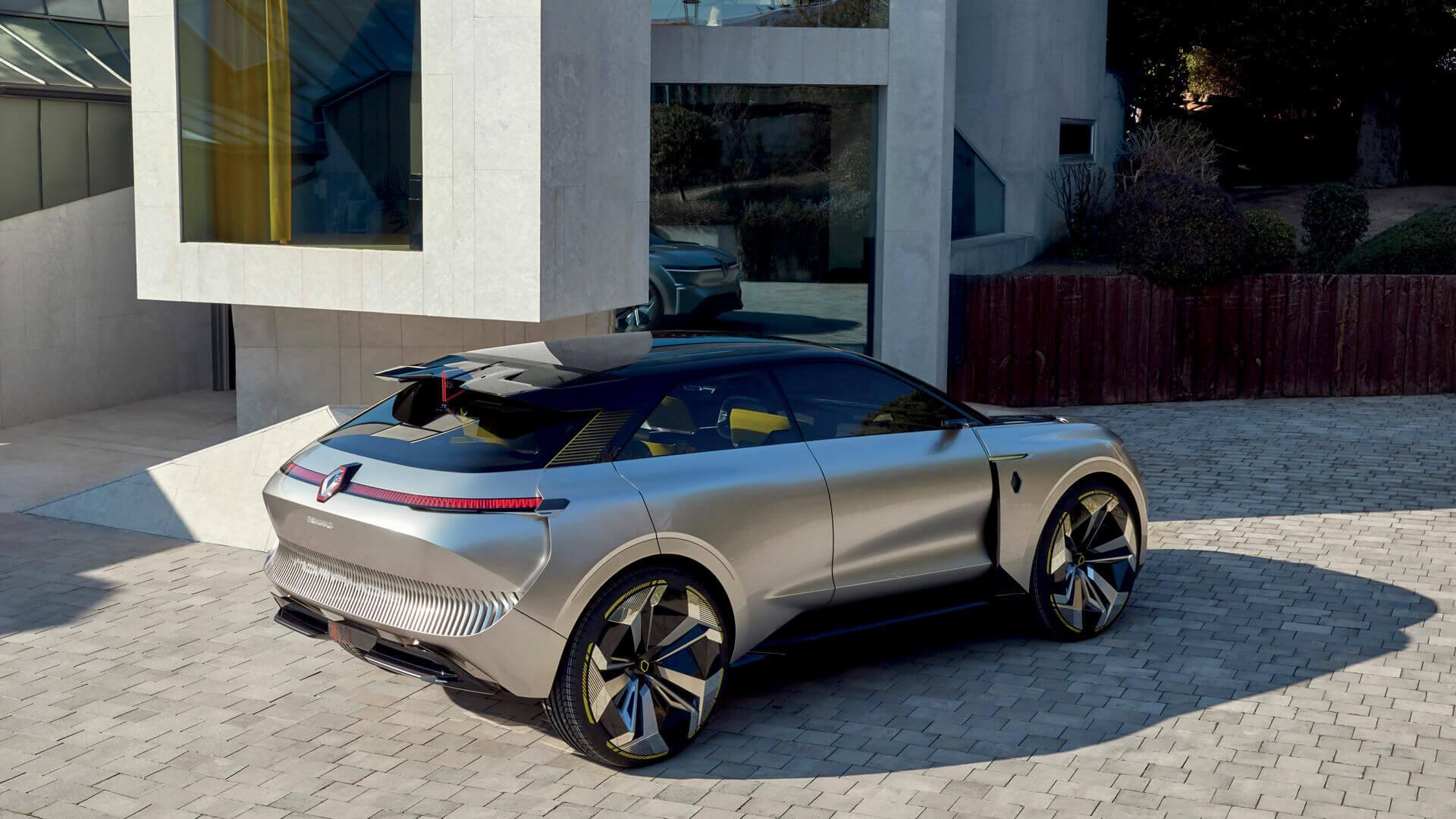 Renault представляет концепт MORPHOZ способный увеличивать колесную базу