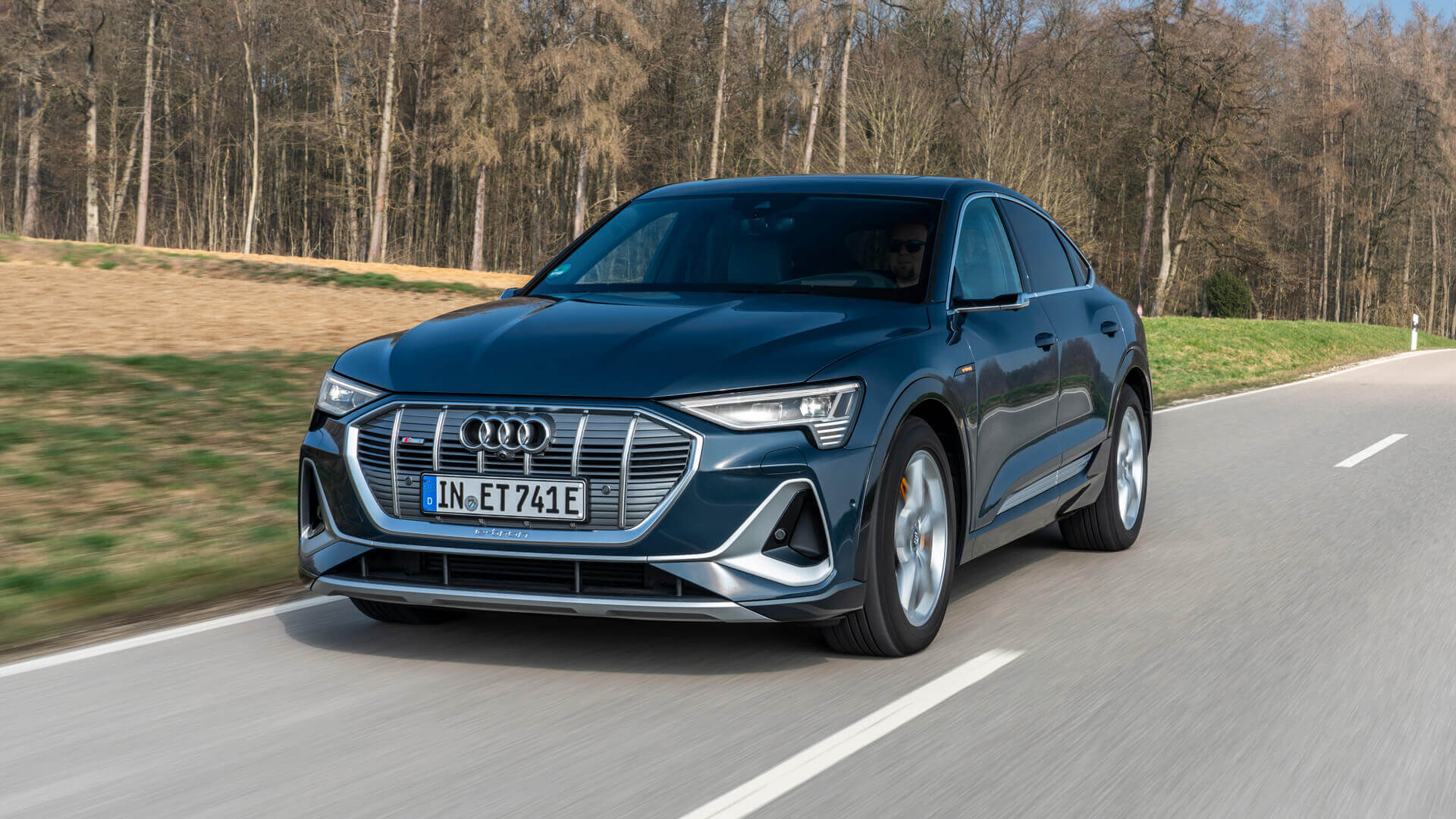 Фотография экоавто Audi e-tron Sportback 55 quattro - фото 12