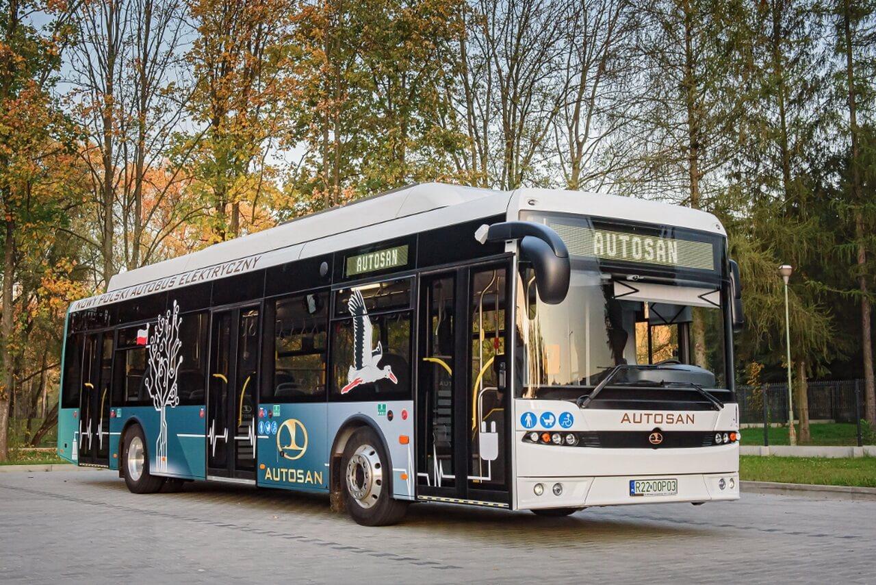 В Польше разработают электрический автобус со сменной батареей