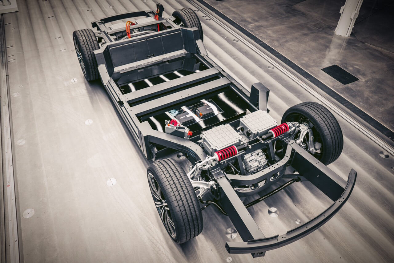 Высокопроизводительную платформу Karma E-Flex адаптировали для электрических суперкаров