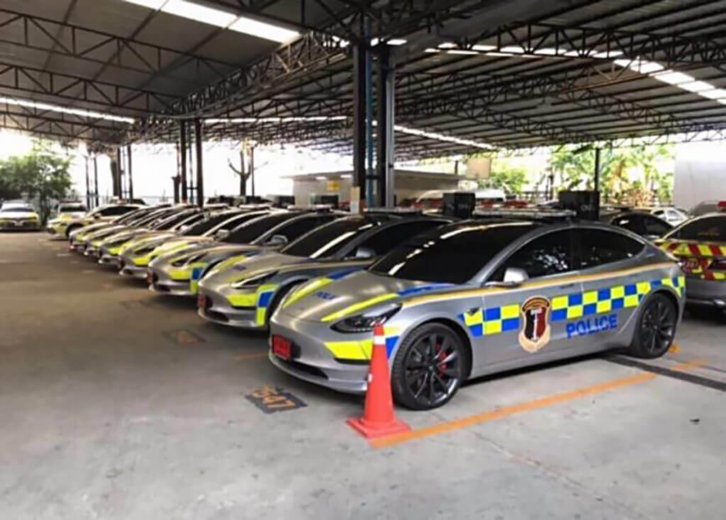 Автопарк полиции Таиланда пополнился электрокарами Tesla Model 3 Performance