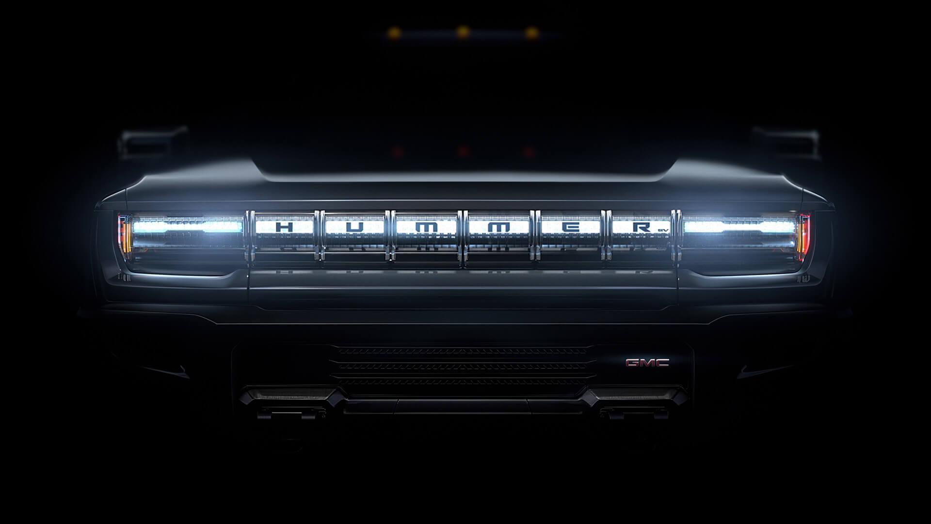 На решетке GMC Hummer EV будет надпись «Hummer» с небольшим значком GMC под ним