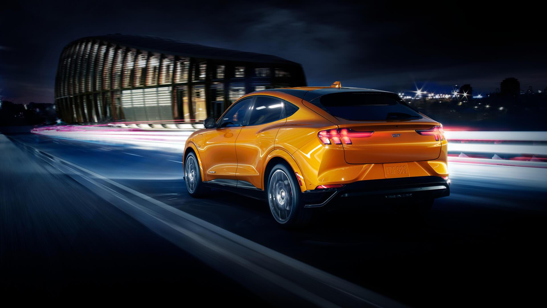 Ford Mustang Mach-E получит культовый для модели цвет