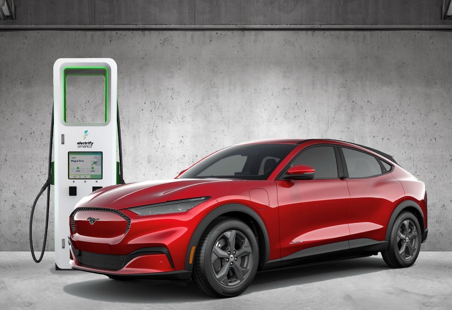 Ford задерживает поставки Mustang Mach-Eна6недель из-за нехватки чипов идает бесплатную зарядку 250 кВт·ч