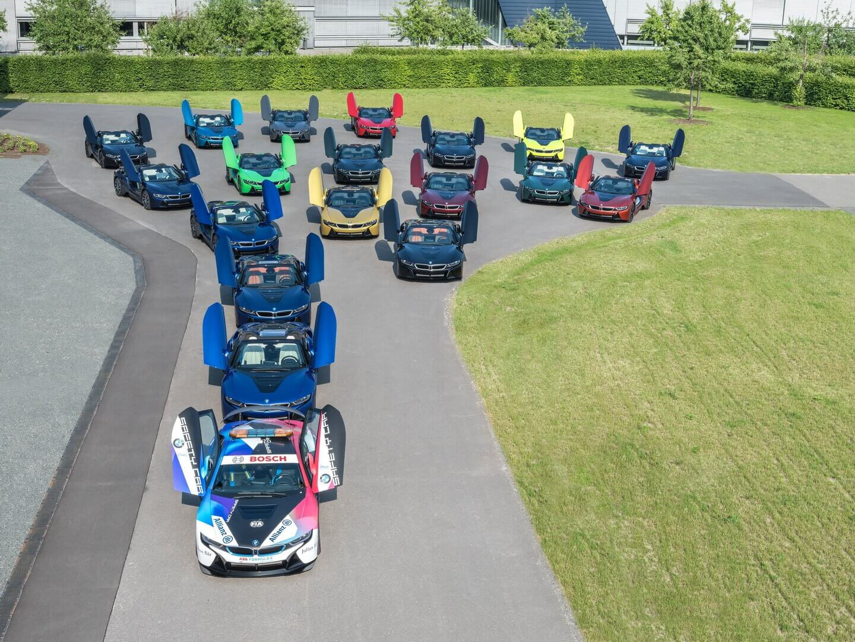 BMW завершила производство i8 уникальными 18 автомобилями