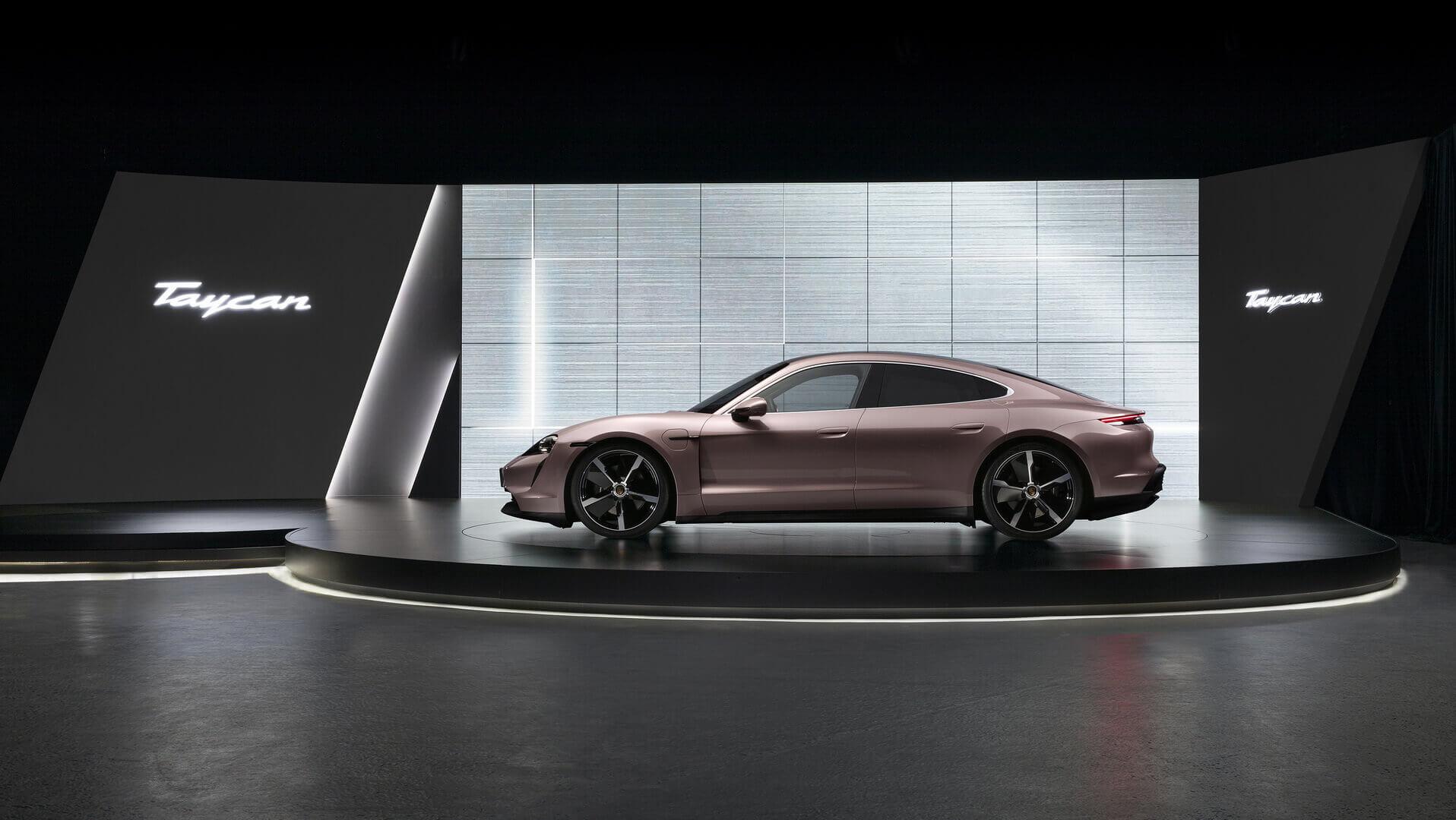Заднеприводная версия Porsche Taycan дебютирует в Китае