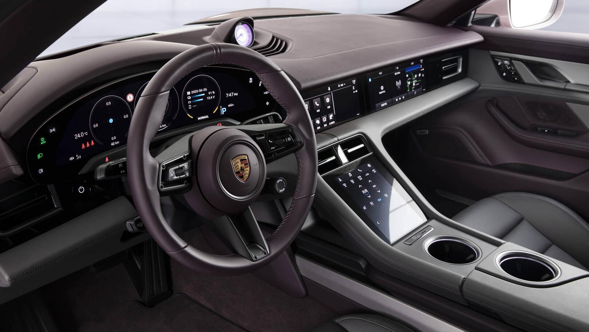 Интерьер Porsche Taycan для китайского рынка