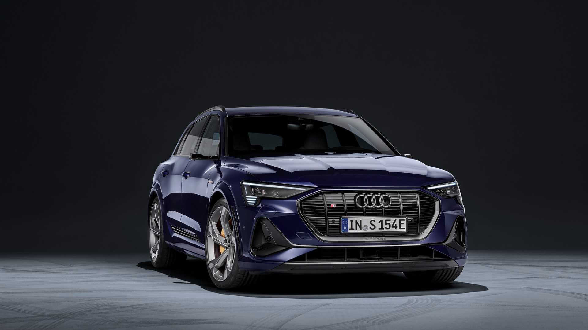 Фотография экоавто Audi e-tron S
