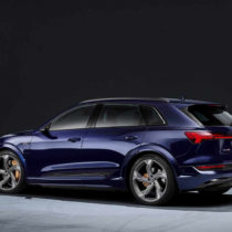 Фотография экоавто Audi e-tron S - фото 2