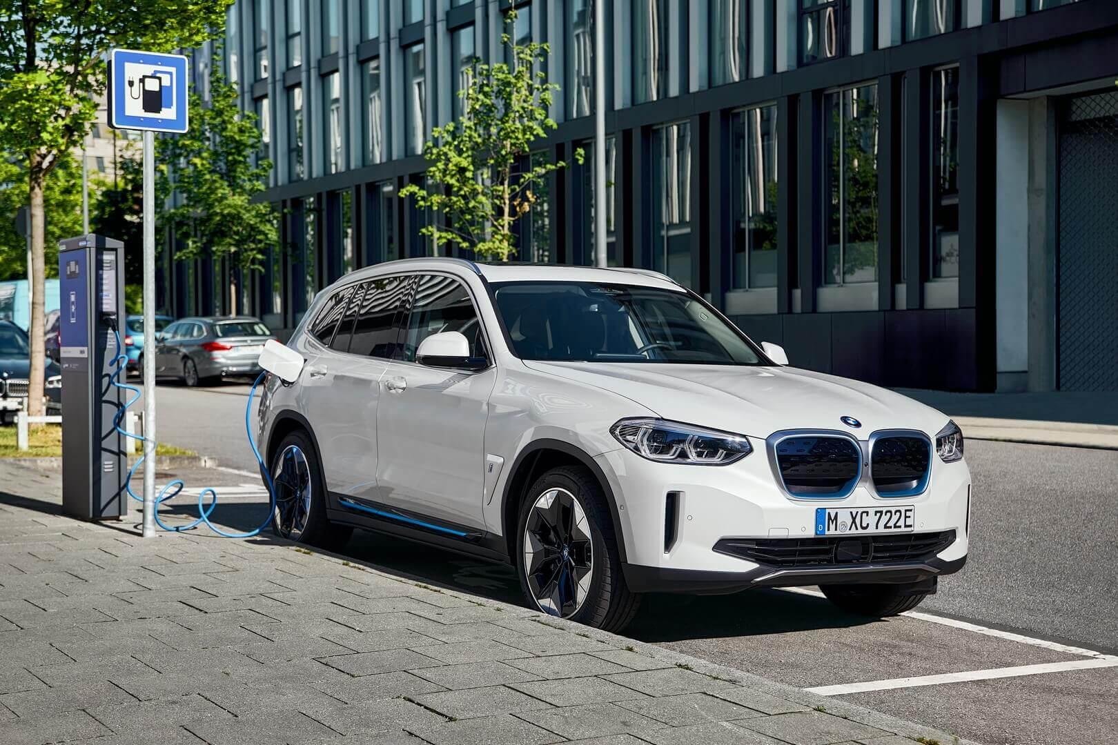 Фотография экоавто BMW iX3 - фото 18