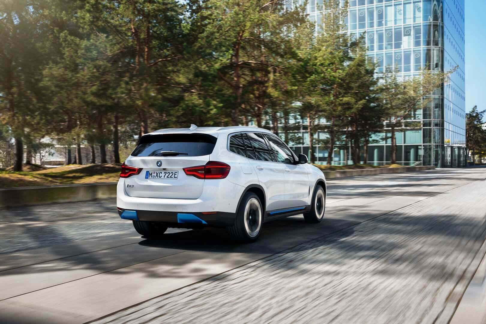 Фотография экоавто BMW iX3 - фото 15