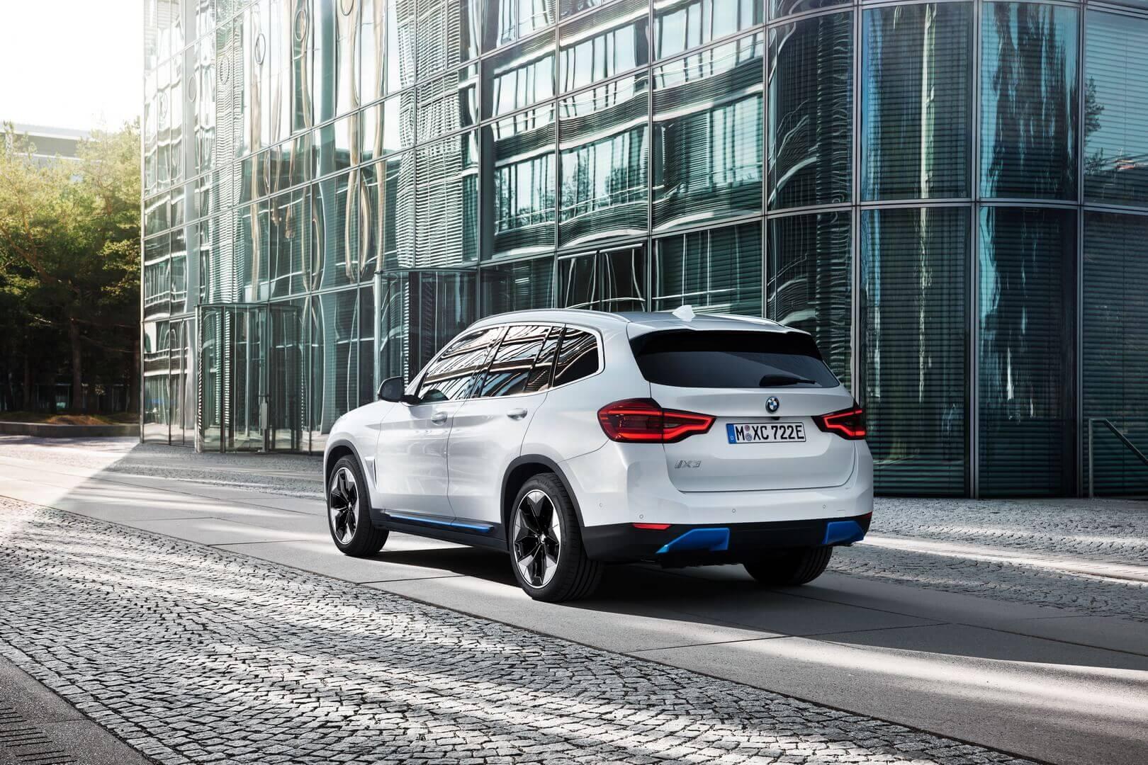 Фотография экоавто BMW iX3 - фото 23