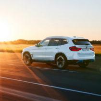 Фотография экоавто BMW iX3 - фото 5