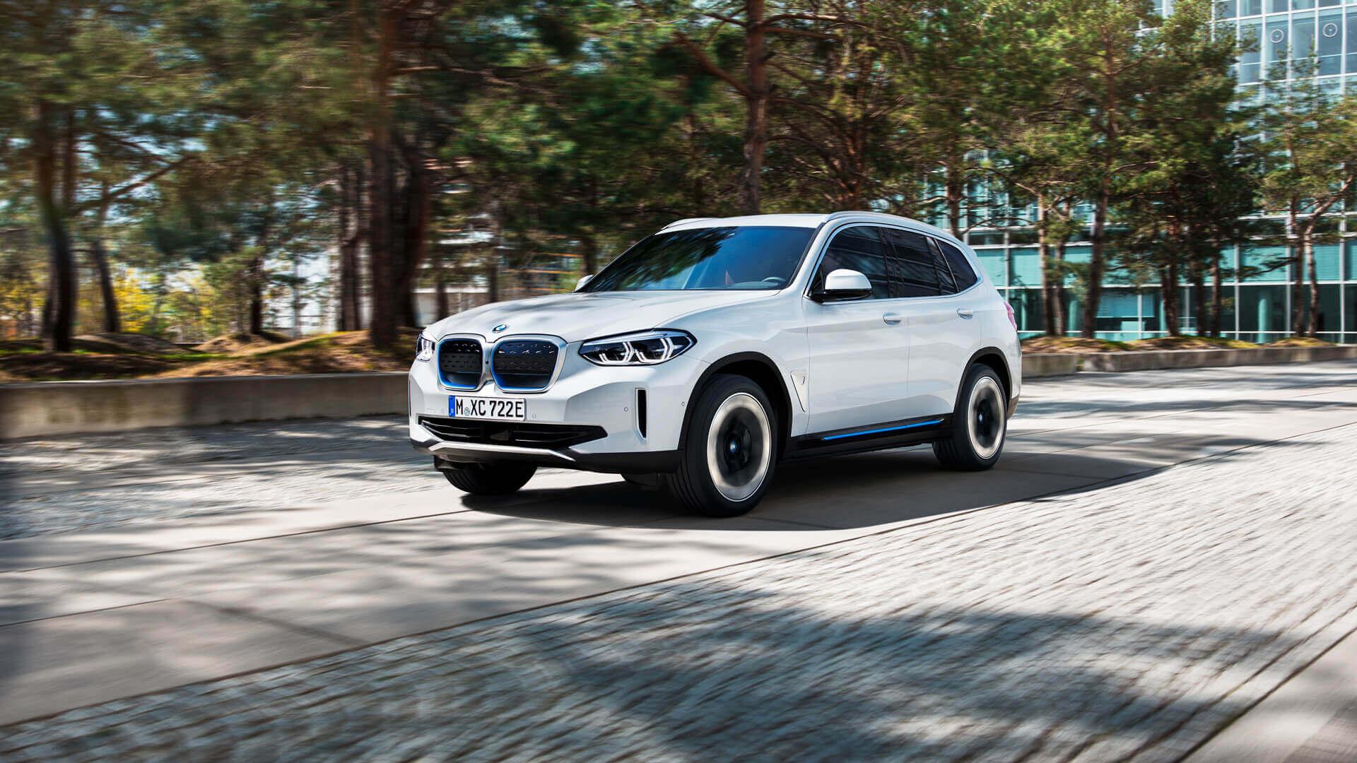 Фотография экоавто BMW iX3 - фото 19