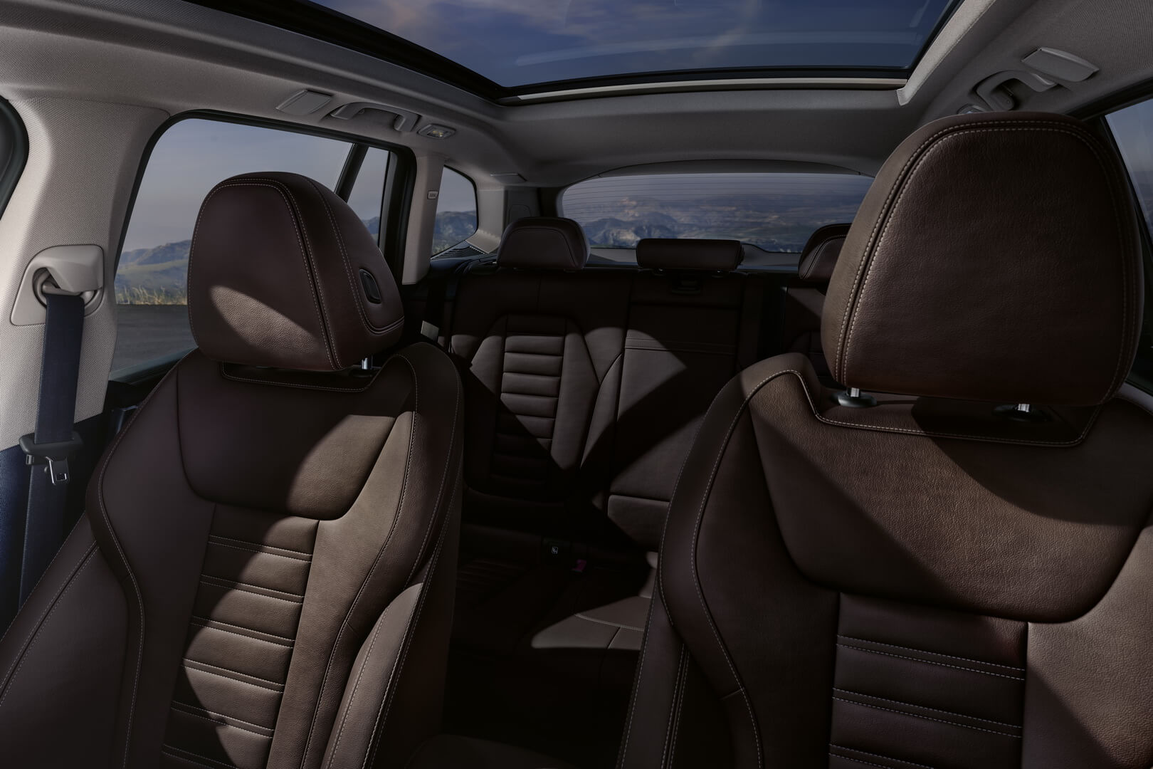 Фотография экоавто BMW iX3 - фото 30