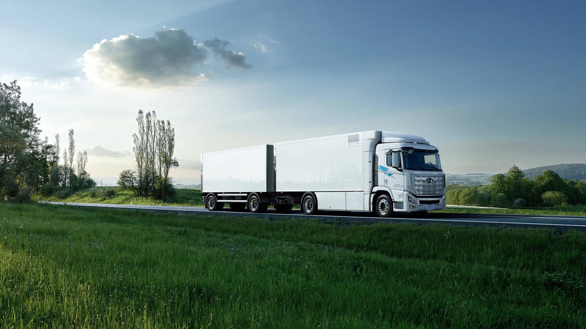 Hyundai XCIENT Fuel Cell: первый в мире большегрузный водородный грузовик