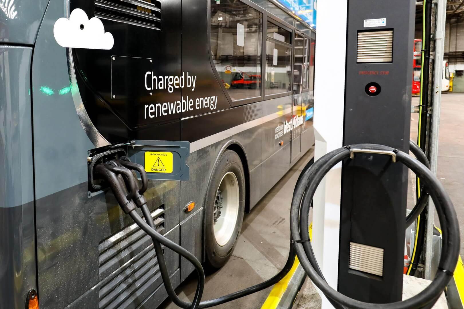 BYD ADL Enviro400EV будут полностью заряжаться за счет возобновляемых источников энергии
