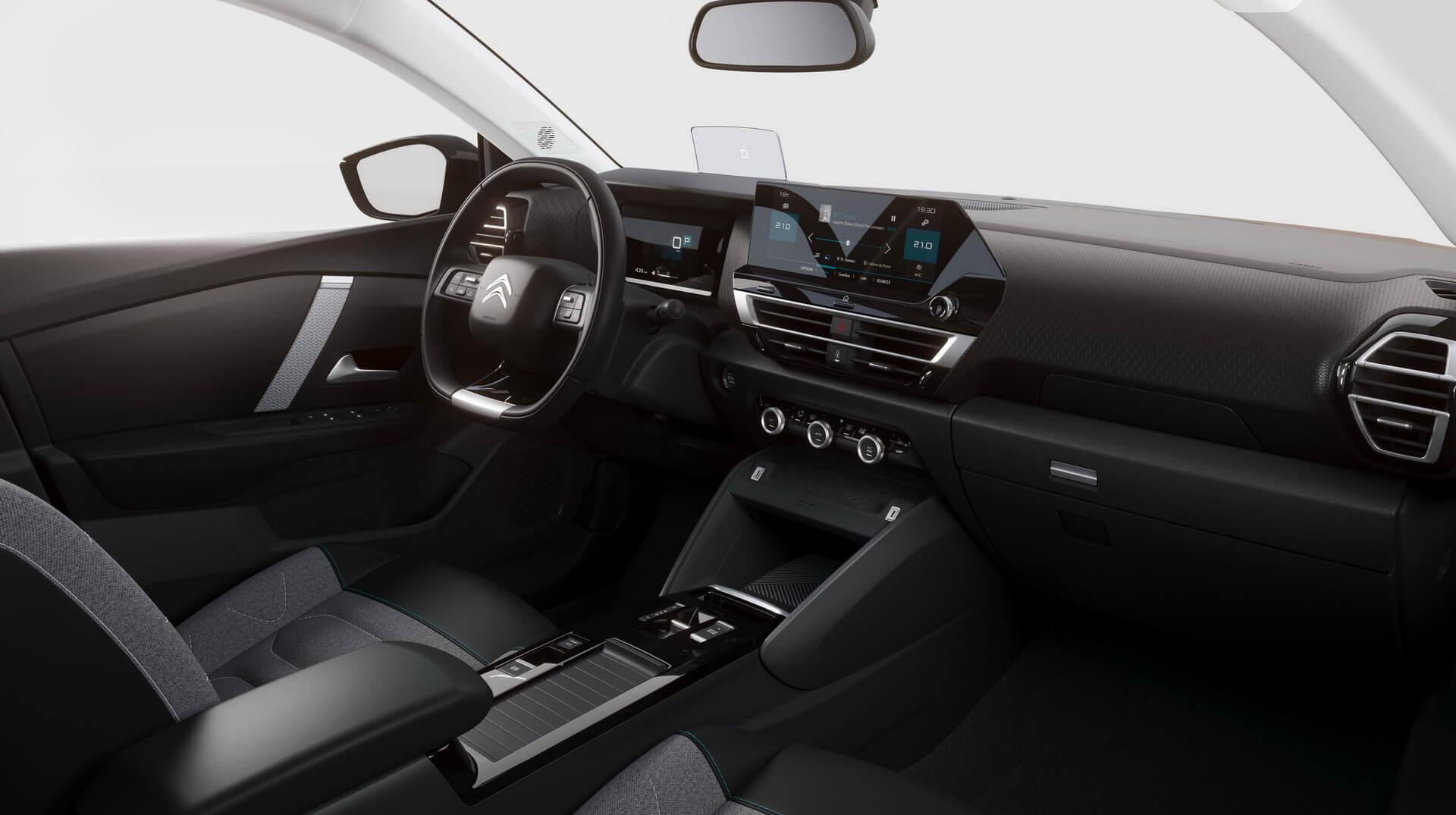 Интерьер Citroën ë-C4