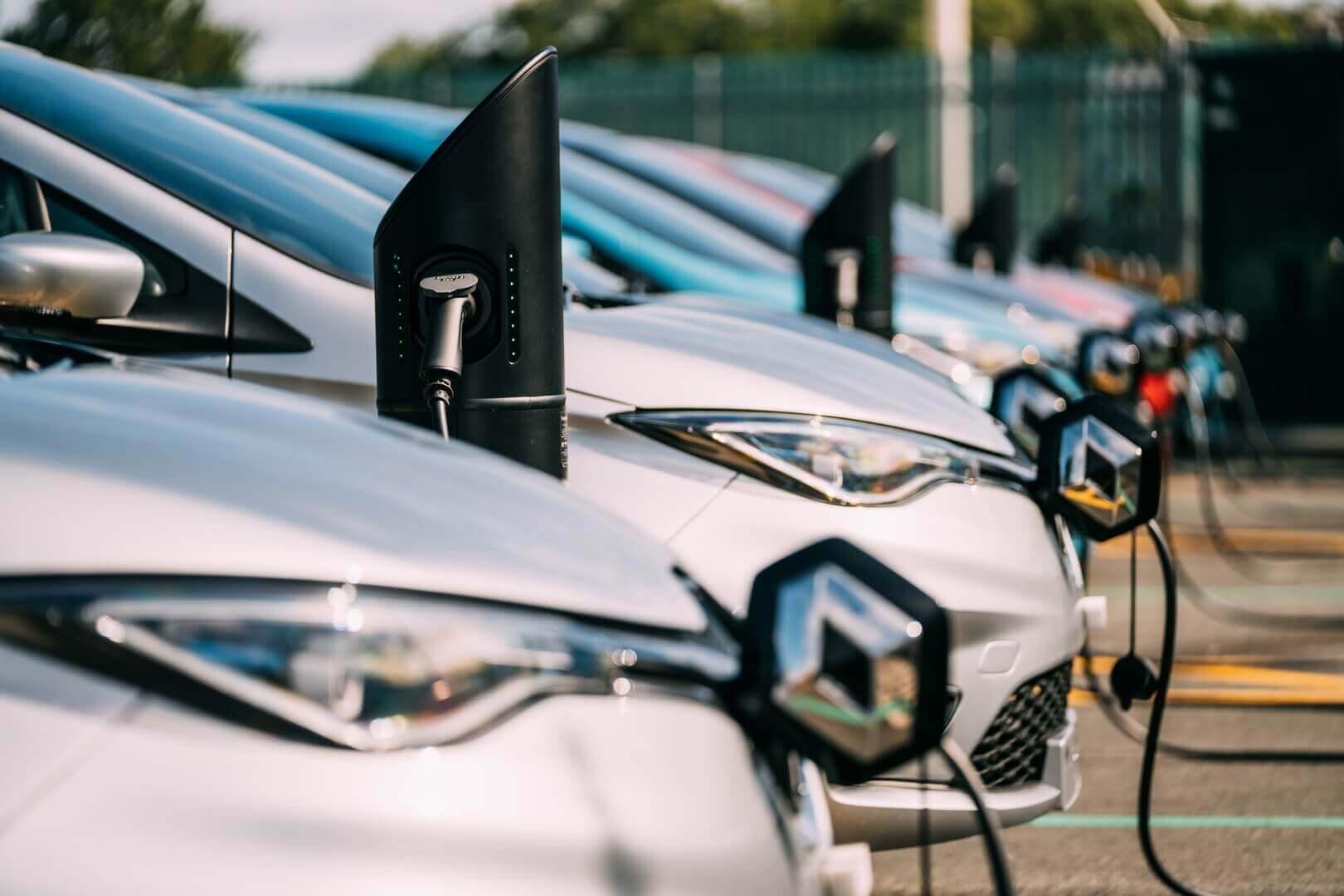 Зарядка электромобилей Renault ZOE
