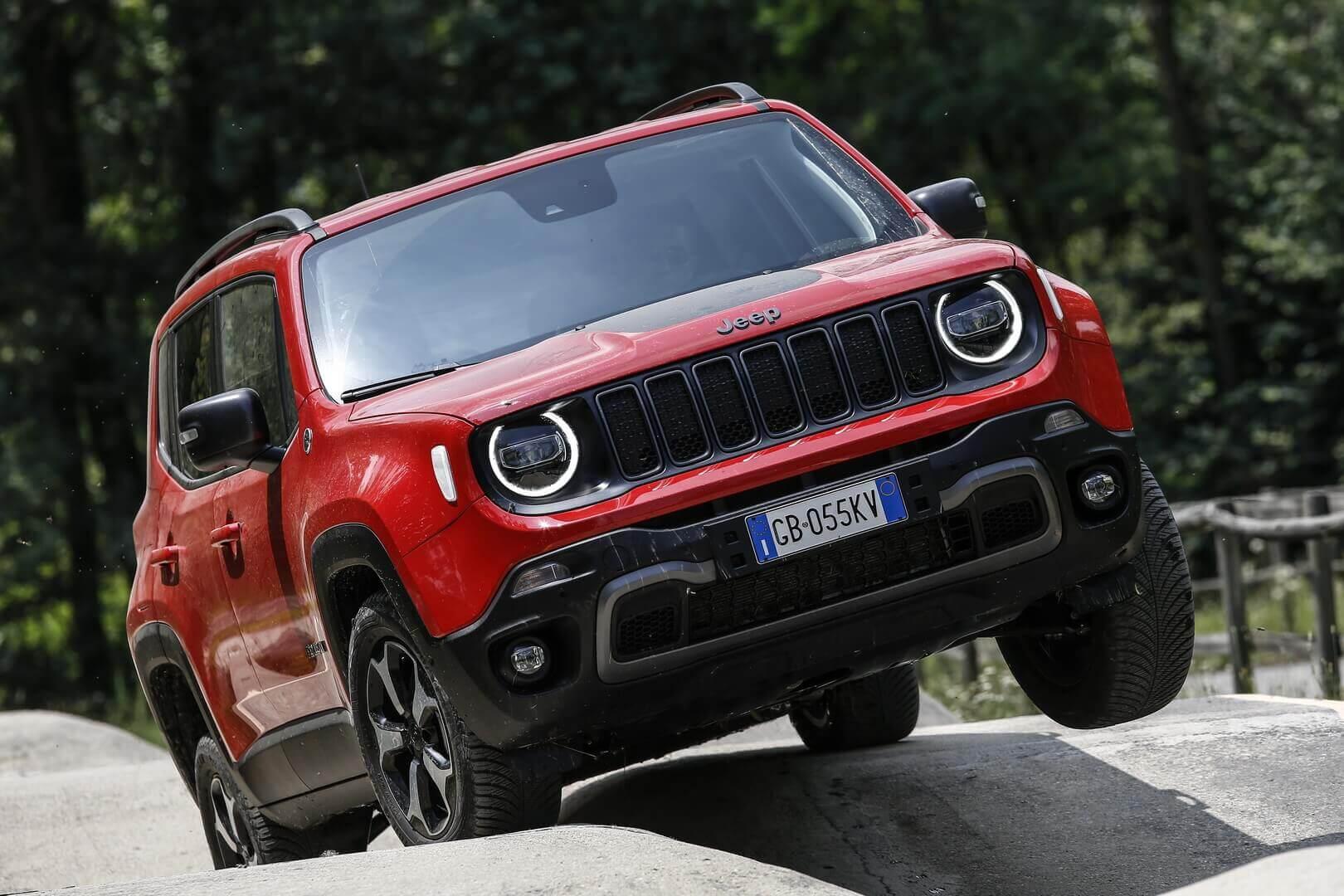 Фотография экоавто Jeep Renegade 4xe - фото 7