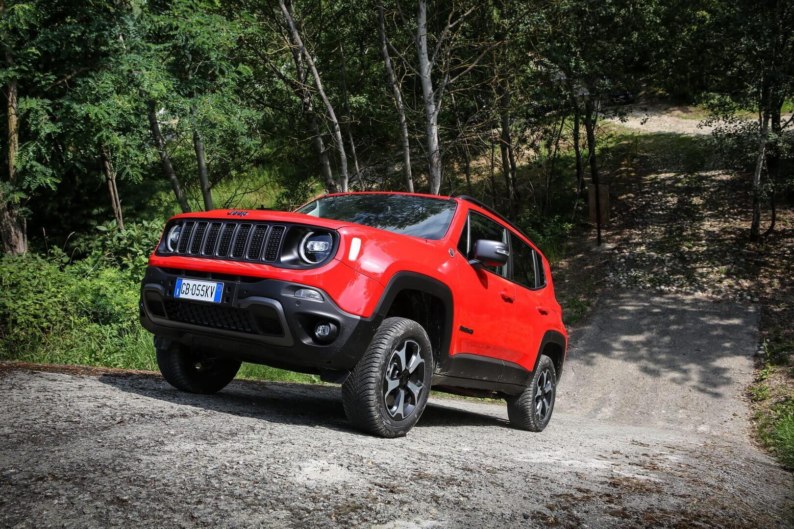 Фотография экоавто Jeep Renegade 4xe - фото 8