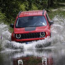Фотография экоавто Jeep Renegade 4xe - фото 12