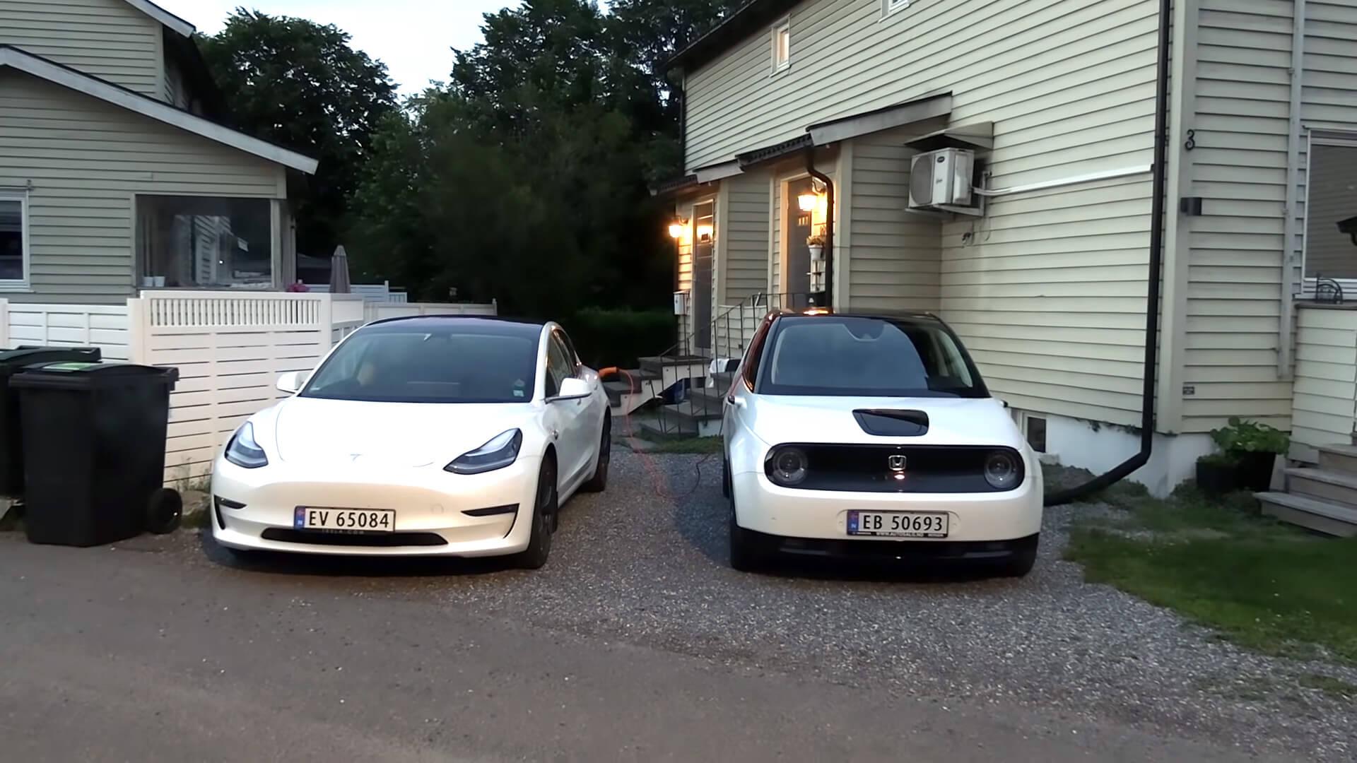 Зарядка Tesla Model 3отHondaE