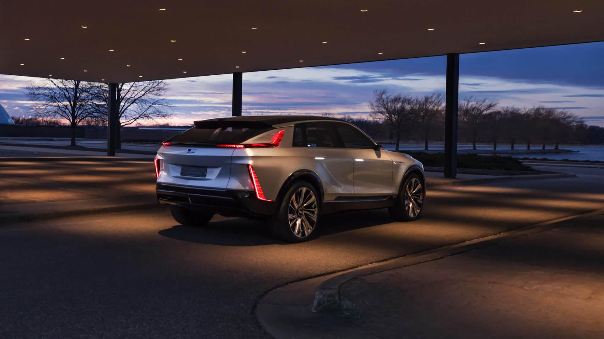 Фотография экоавто Cadillac LYRIQ - фото 15