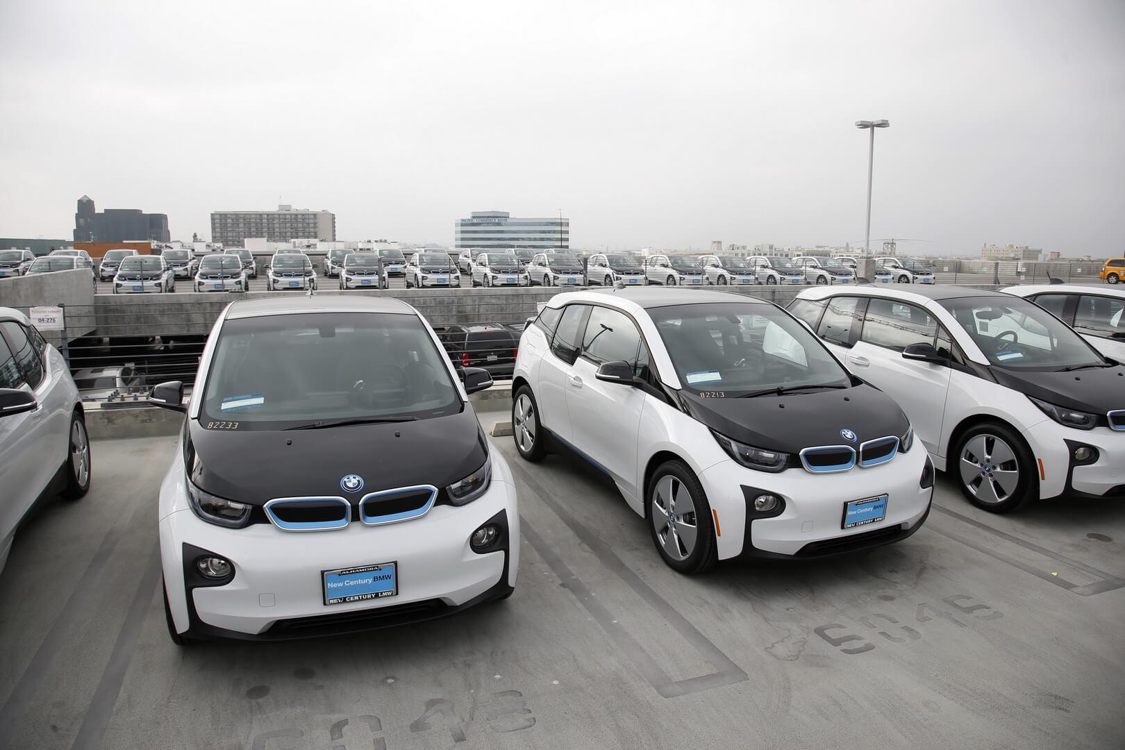 В Лос-Анджелесе продают полицейские BMW i3