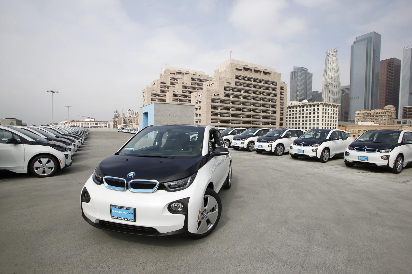 Полиция Лос-Анджелеса продает подержанные BMW i3